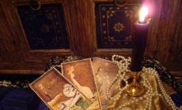 Personal Readings (Tarot / Oracle / Past Life)